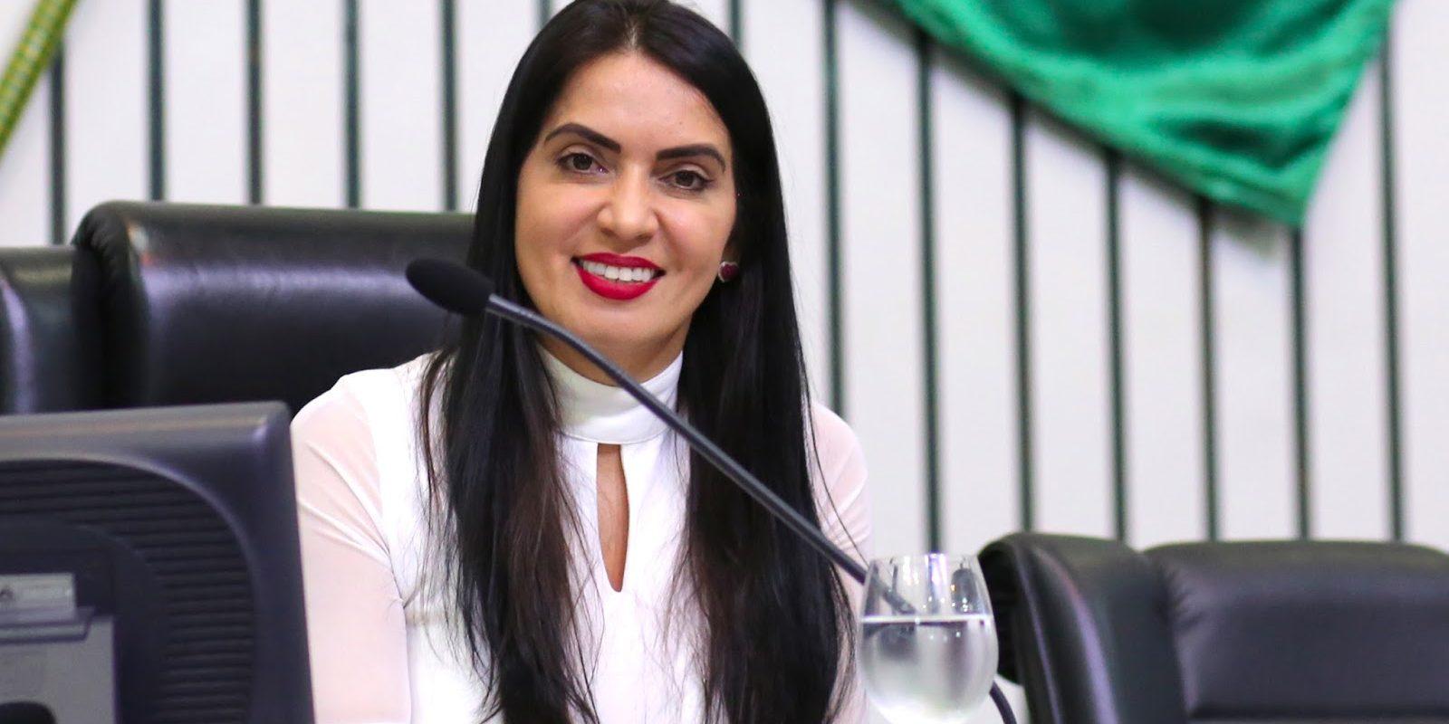 """b57734bc03d0a Deputada lança campanha """"Mais Mulheres na Política"""" no Ceará – Revista Ceará"""