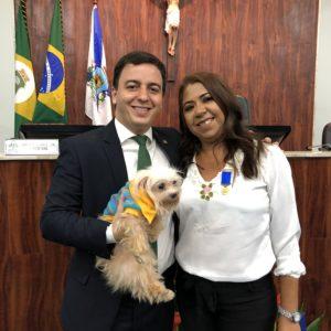 A Câmara Municipal de Fortaleza homenageou, na noite desta quinta-feira  (5),a fundadora do Abrigo São Lázaro, Rosane Dantas, com a  …  42ee71f949